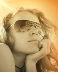 Minőségi napszemüveggel látása épségéért